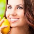 10 grands remèdes maison pour l'acné et les boutons
