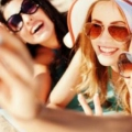 10 conseils sur la façon d'utiliser l'auto-bronzant