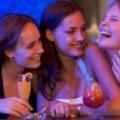 6 Effets de l'alcool sur votre peau (6 raisons d'avoir désintoxication de l'alcool)