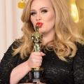 Adele décroche «bonjour» le chanteur de Taylor parle détails nouvel album, dit «25» est «sur l'effacement de la dernière '