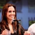 Angelina Jolie ouvert pour une autre grossesse: l'actrice dit qu'elle n'a pas l'intention d'obtenir pregnany mais peut changer son esprit