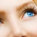 Sérum de la croissance des cheveux bricolage: comment faire pousser vos cils et les sourcils?