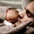 L'implication du père / partenaire crucial de l'allaitement maternel