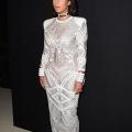 Kim Kardashian révèle secret à sa taille minuscule