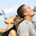 Comment l'eau peut aider avec votre plan de perte de poids?