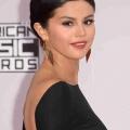 Selena Gomez est enceinte avec le bébé de Justin Bieber? Couple rumeur à préférer rapports sexuels non protégés que les rumeurs de bébé se posent!