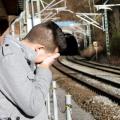 La désapprobation plus que probable que des parents pour provoquer le suicide chez les adolescents