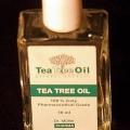 L'huile de théier efficace pour le pied d'athlète et les pellicules