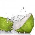 Top 10 utilisations et les avantages pour la santé de l'eau de noix de coco