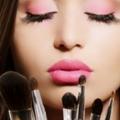 Qu'est-ce que votre rouge à lèvres ombre révèle sur votre personnalité? 8 choses