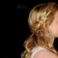 10 Belle Demi moitié vers le bas Prom coiffures que vous pouvez essayer aujourd'hui