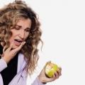 10 efficaces remèdes maison pour saignement des gencives