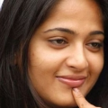 10 Photos: Anushka Shetty sans maquillage