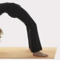10 Yoga Poses simple pour augmenter votre hauteur