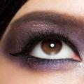 10 étapes pour parfaire le look asiatique Smokey Eye