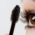 11 doit suivre Conseils maquillage pour les yeux bruns
