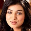 18 efficace de remise en forme, beauté et maquillage secrets Ayesha Takia