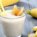 3 facile et rapide façons de faire de Banana Milkshake