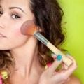 3 types de Blush Brosses et leurs avantages