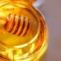 4 façons simples dans lesquels le miel peut résoudre les problèmes de peau sèche