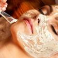 5 avantages incroyables de soins du visage Aromathérapie