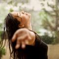 Les meilleurs conseils de soins capillaires pour les femmes de la mousson