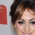 5 célébrités avec des tatouages des sourcils