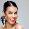 5 façons différentes que vous pouvez appliquer Blush Pour votre maquillage