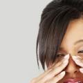 5 conseils efficaces pour traiter les yeux fatigués à la maison