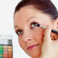 5 façons efficaces d'utiliser l'eau pour le maquillage