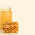 6 avantages étonnants de miel pour la croissance des cheveux