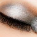 7 Conseils maquillage efficace pour faire votre fard à paupières meilleur look