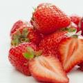 7 visage de fraises packs pour un teint éclatant