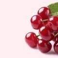 8 meilleurs avantages de cerises rouges pour la peau, des cheveux et santé