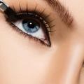 8 trucs astucieux pour agrandir vos yeux avec maquillage