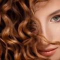 8 Conseils de curling simple à faire Curls Last Longer