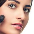 8 trucs et astuces pour faire de petits yeux paraissent plus grands