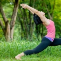 Anjaneyasana / Low Lunge Pose / Crescent Moon Pose - comment faire et quels sont ses avantages?