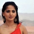 Beauté & Fitness Secrets de Anushka Shetty Révélé!