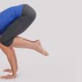 Bakasana / Kakasana / Grues Pose / Corbeau Pose - comment faire et quels sont ses avantages?