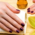 Beautiful Nails Naturally