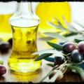 Avantages de l'huile d'olive pour les soins de la peau, soins capillaires, soins de beauté