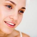 Meilleures idées de maquillage pour le visage huileux