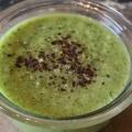 La soupe de concombre crémeuse