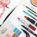 Automne essentiels de maquillage et des conseils