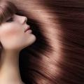 Conseils de soins des cheveux pour obtenir des cheveux lisses et soyeux brillant