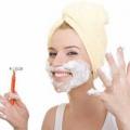 Les remèdes maison pour enlever les poils du visage