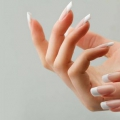 Comment blanchir les ongles?