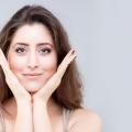 Peau Gym Fitness visage pour un visage plus jeune et en bonne santé