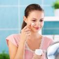Top meilleurs soins de la peau, des conseils de soins de beauté pour les femmes